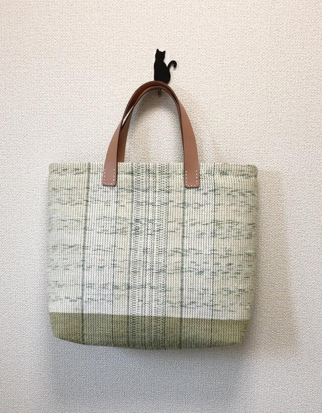 裂き織り 夏の涼色 ツートンカラーのハンドバッグ ヌメ革持ち手の画像1枚目