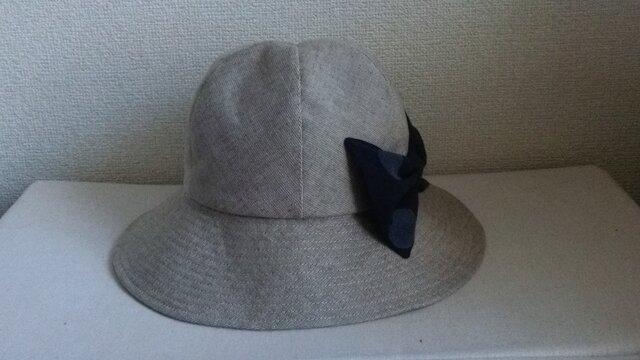 大きなリボンの帽子の画像1枚目