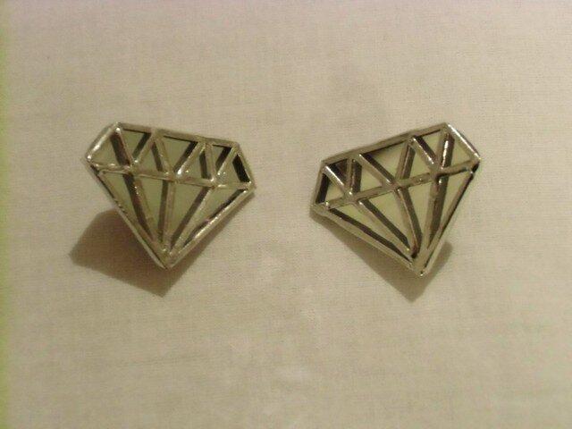 ダイヤモンドのイヤリングの画像1枚目