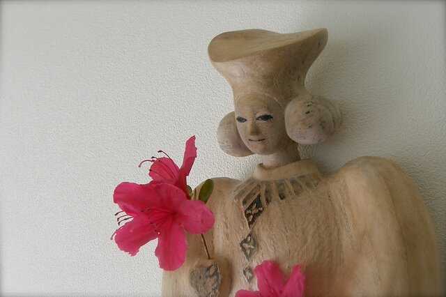 Prayer Statue・花を飾ろうの画像1枚目