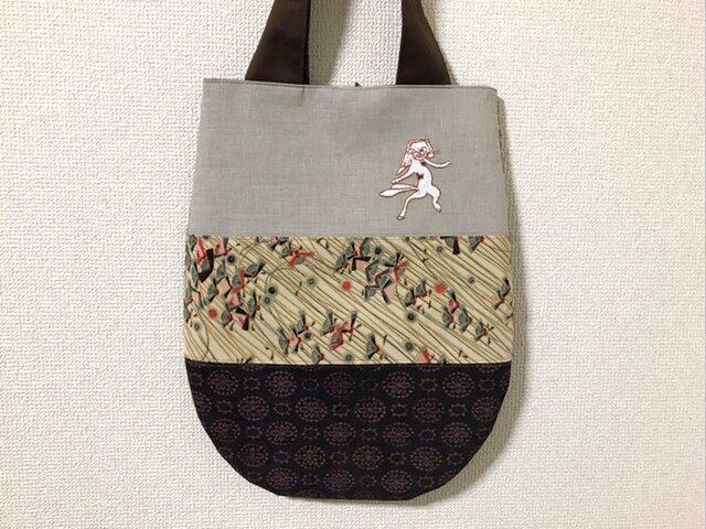 手刺繍浮世絵バッグ*歌川国芳「荷宝蔵壁のむだ書」の猫又の画像1枚目