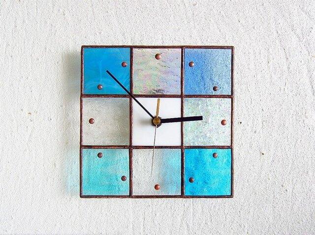 【18㎝×18㎝】ステンドグラス*掛時計・モザイク(初夏)の画像1枚目