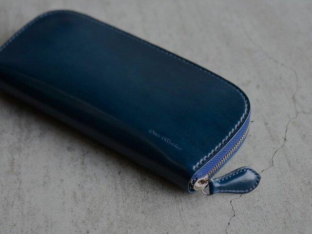 【カラーオーダー対応】コードバン ロングサイズラウンドファスナーウォレット【ディープブルー】手縫いの画像1枚目