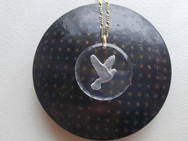 ヴィンテージ Doveインタリオ(30ミリ)Goldネックレスの画像1枚目