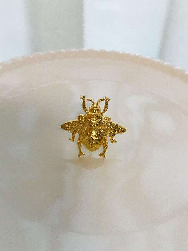 Victorian bee mini ピアスの画像1枚目