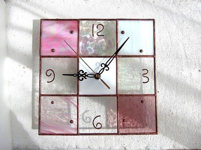 【24㎝×24㎝】ステンドグラス*掛時計・モザイクB(桜色)Lの画像1枚目