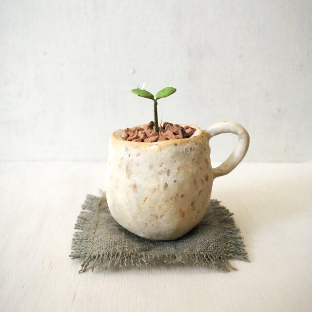 3117.bud 粘土の鉢植え マグカップの画像1枚目