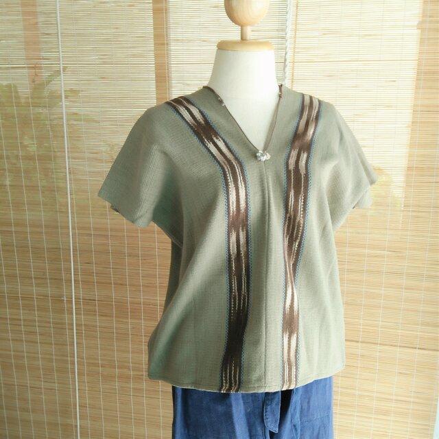 タイの草木染め&手織りトップス モスグリーン かすり染め(送料無料、コットン)の画像1枚目