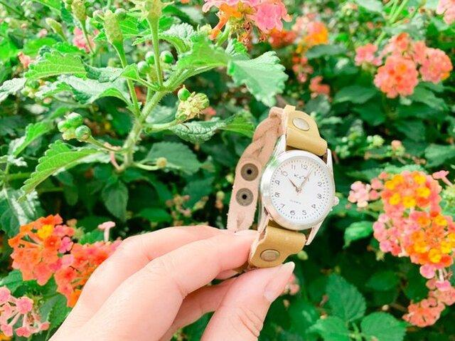 ▲EDGE 柔らかな木漏れ日のワサビカーキ「エッジニット 腕時計」手元スッキリ見せ(EKW-OO)の画像1枚目