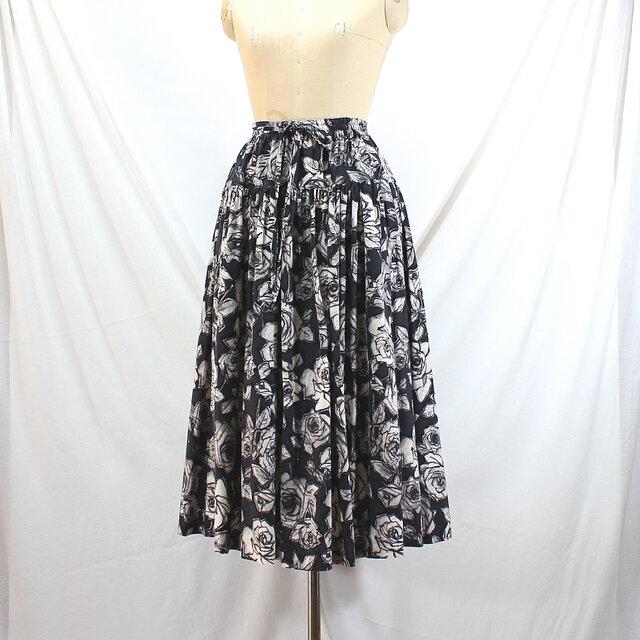 ウエストゴム ティアードスカート(黒×オフ白)の画像1枚目
