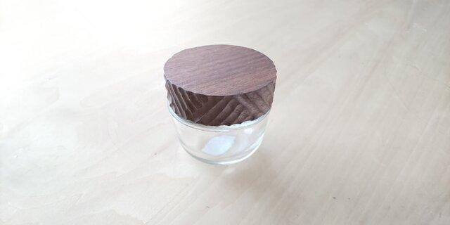 木の蓋の小物入れ【菓子型】の画像1枚目
