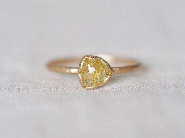 Yellow Pinwheel Diamond Ringの画像1枚目