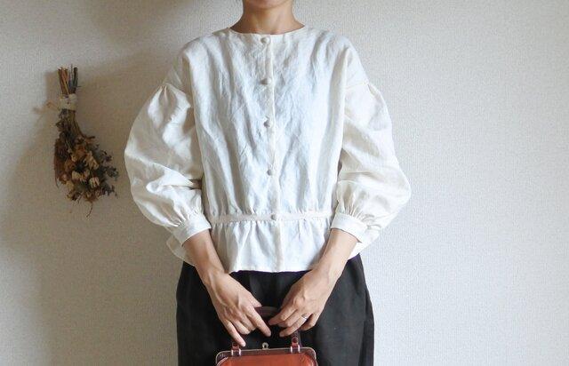 Hana * blouse クリームの画像1枚目