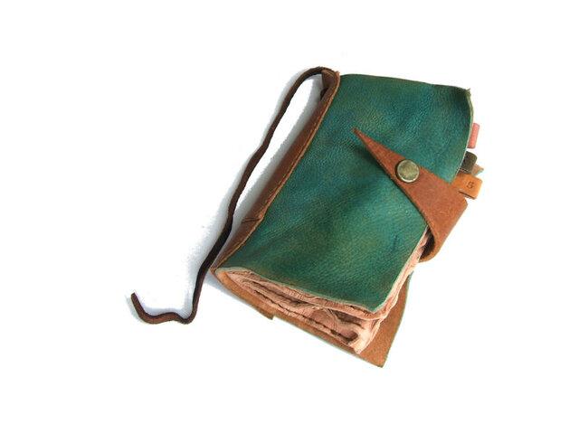 BOOK型カードケース アンティークブルー 手染めの画像1枚目