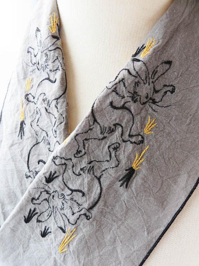 鳥獣戯画のウサギ半衿の画像1枚目