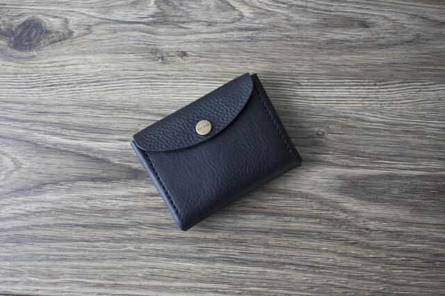 イタリア製牛革のコンパクト財布 L / ブラックの画像1枚目