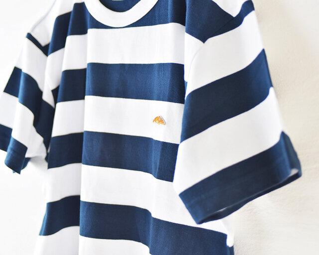 太ボーダーTシャツ【ネイビー】;クロワッサン刺繍付きの画像1枚目