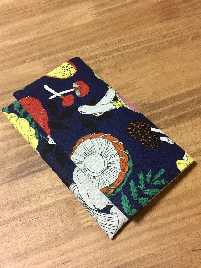 懐紙、通帳いれ Kinoko blueの画像1枚目