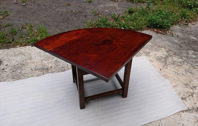 【送料無料】セン一枚板コーナーテーブル 拭き漆仕上げ【一点もの】の画像1枚目