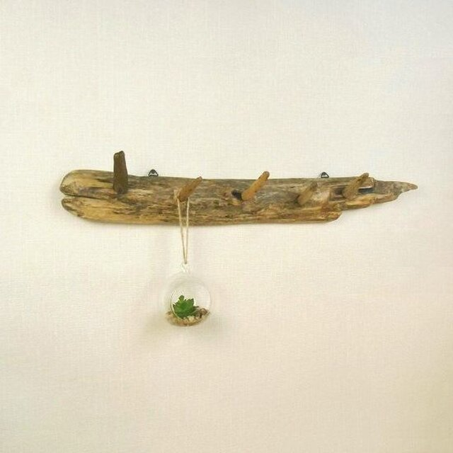 【温泉流木】流木の素朴さが美しい壁掛けフック ウォールフック 流木インテリアの画像1枚目