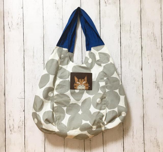 とら猫プリーツバッグ【グレイ】の画像1枚目