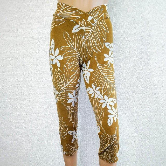 1サイズでS~Lサイズ対応、ノンストレスストレッチ美脚クロップト丈パンツ:スキニーストレートショートの画像1枚目