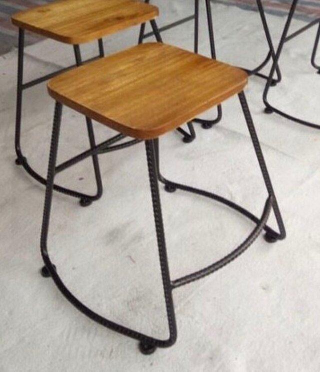 受注生産 職人手作り アイアンウッド スツール カフェ風 インダストリアル 男前家具 天然木 木目 アイアン 家具 椅子の画像1枚目