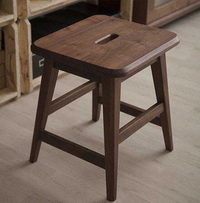 受注生産 職人手作り ウォールナット スツール 椅子 カフェ風 シンプル 天然木 木目 ドレッサー 鏡台スツール 木工の画像1枚目