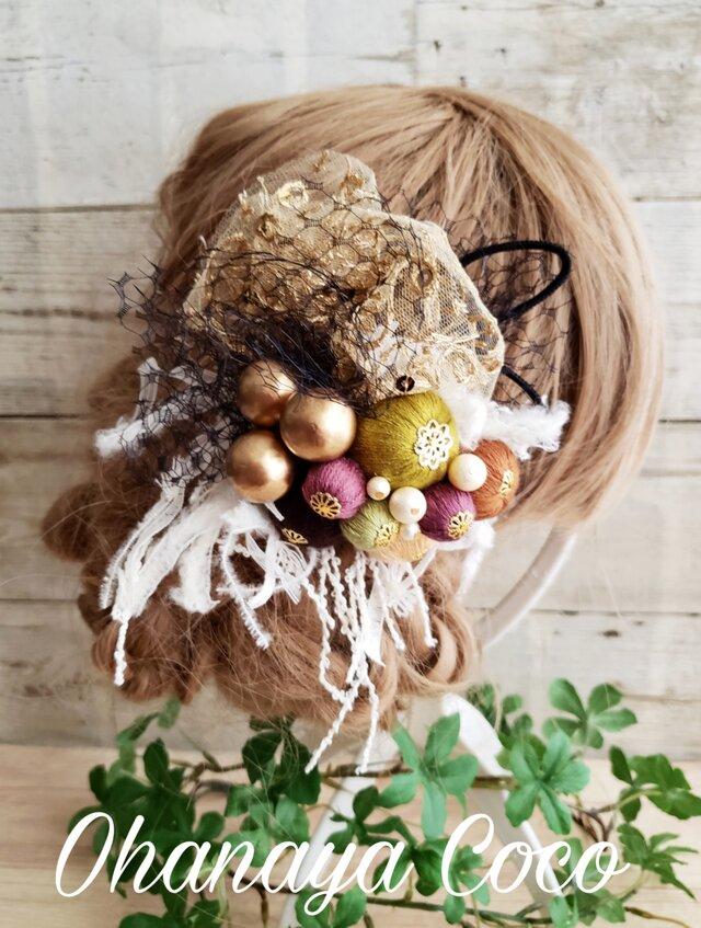 アンティーク風ヘッドドレス チュールと絹糸ボール髪飾り No592の画像1枚目