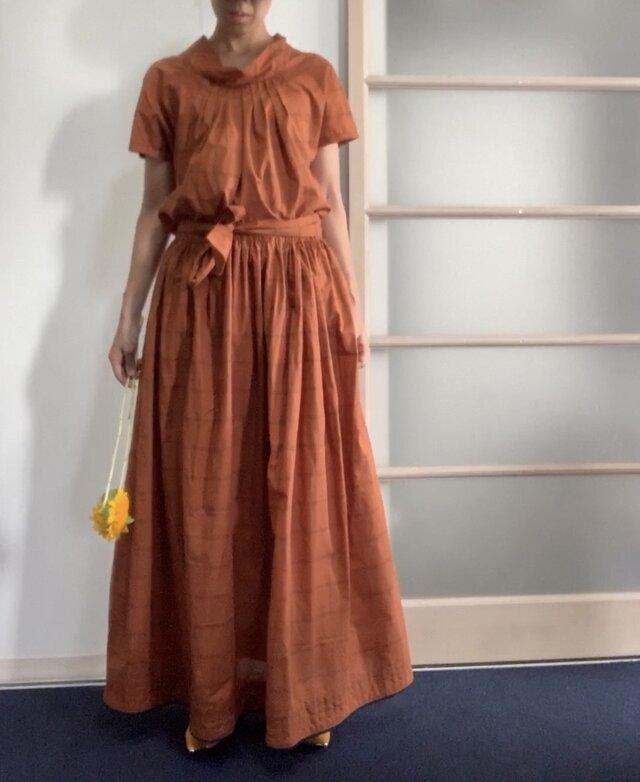 【SALE】秋色先取り 綿シルクのギャザースカート オレンジの画像1枚目