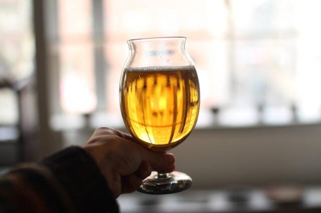 ビールandワイングラスの画像1枚目