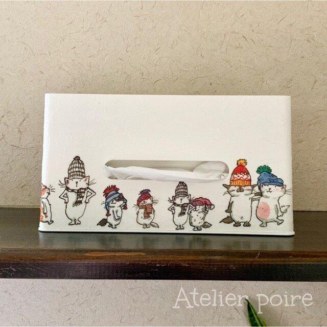 小物が乗せられるボックスティッシュケース*winter catsの画像1枚目