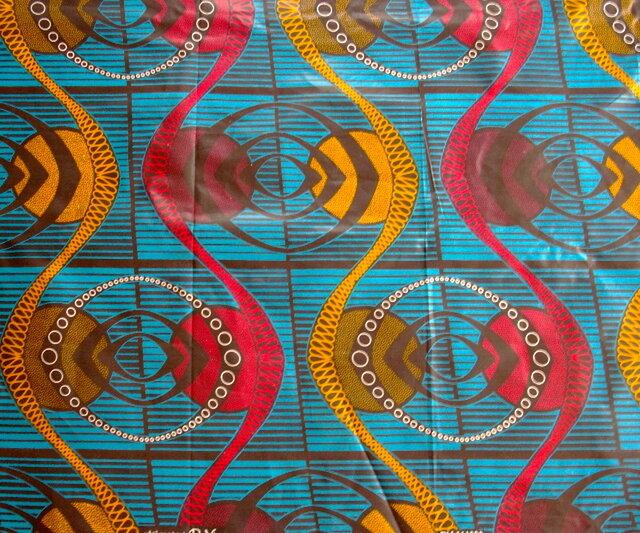 【送料無料】アフリカ布「チテンジ」 (マラウィ産) 180cm×109cm (bluefish)の画像1枚目