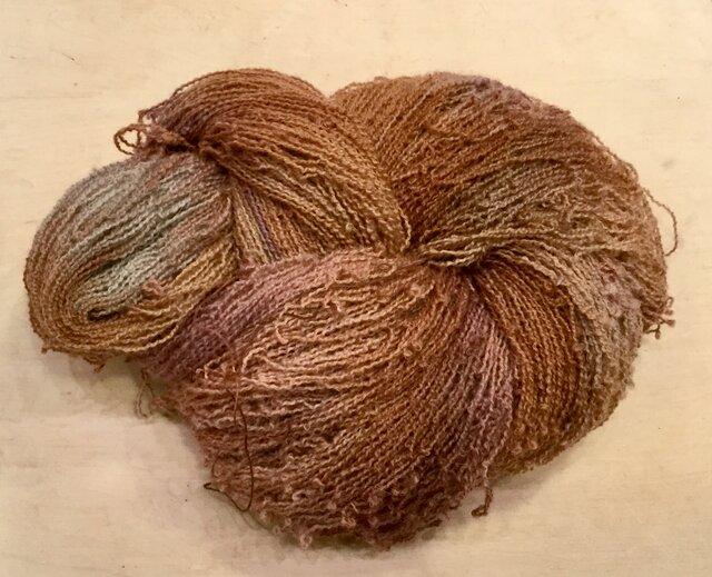 【手染め糸です✨】  ウール 化繊 アルパカ混 ウェーブヤーン 195gの画像1枚目