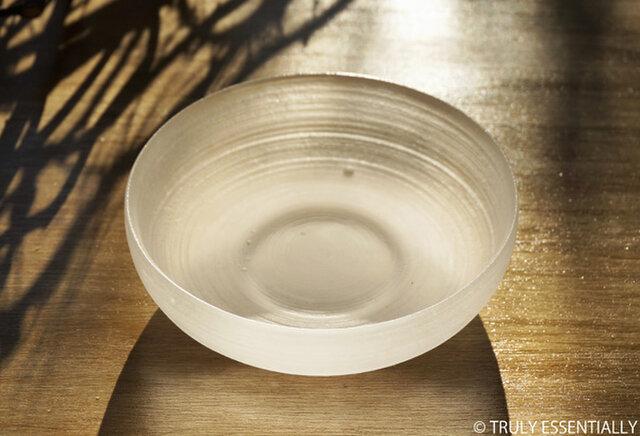 無色透明ガラスの器 -「 The Vessel of Light - 月明かりの器 」● 直径12.5cmの画像1枚目