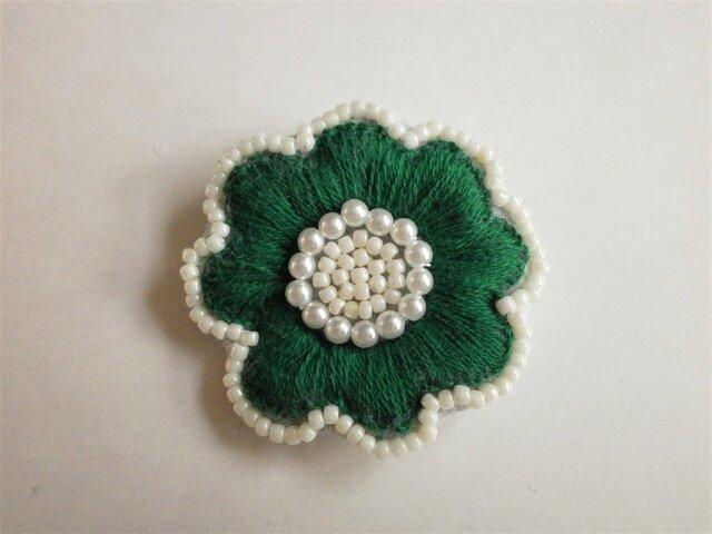 お花ししゅうブローチ(緑)の画像1枚目