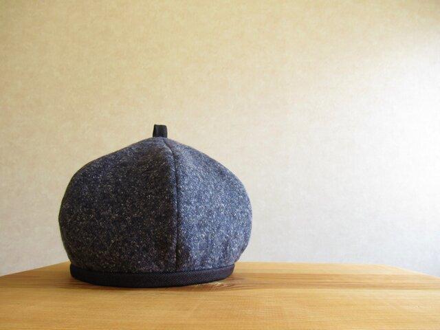 てっぺんに輪っか、ベレー帽 ネイビーのキルティング風の画像1枚目