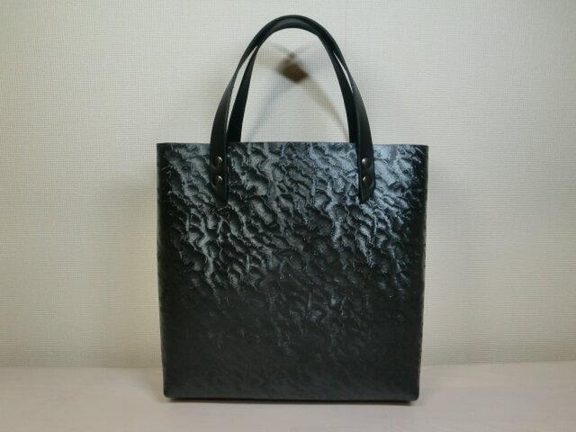 《牛革》波紋調柄ガンメタリック・コーティングトレザー・一枚革のスクエアミニトート・0122の画像1枚目