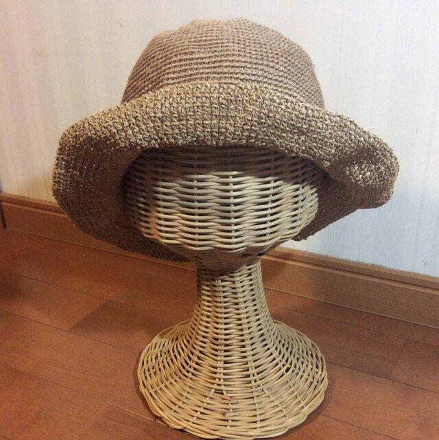 リネンの糸で編んだつば広帽子の画像1枚目