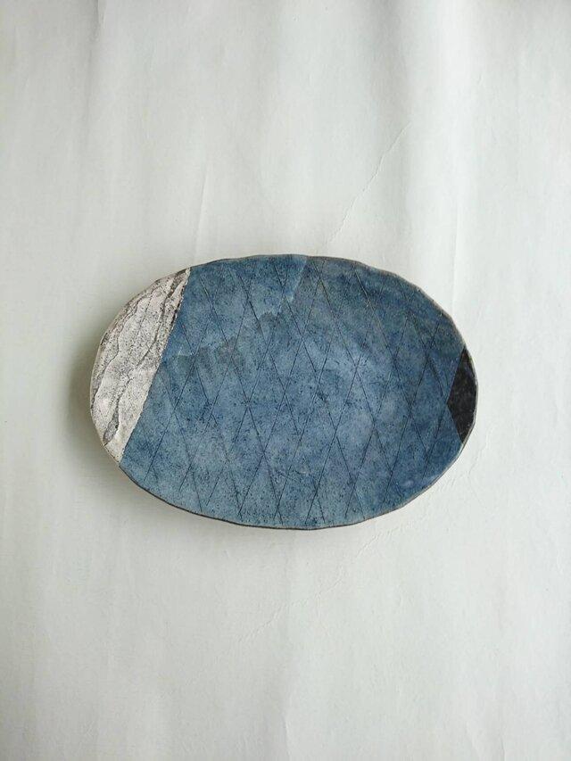 銀彩楕円皿の画像1枚目