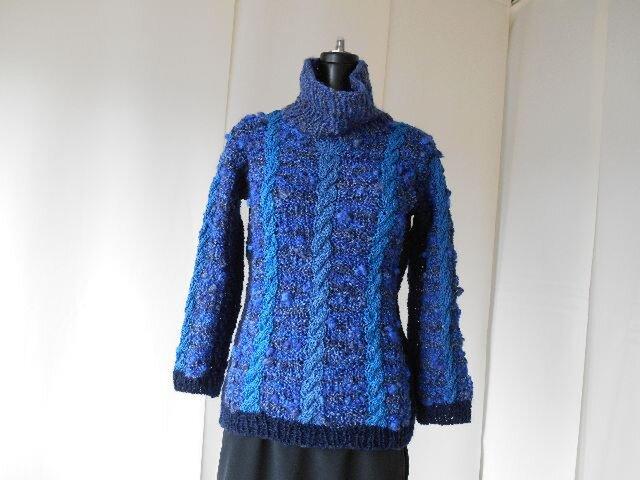 紺系の模様編みセーター(B)の画像1枚目