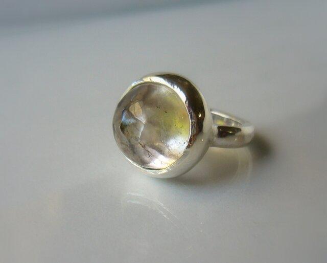 手摺りスモーキークォーツの指輪の画像1枚目