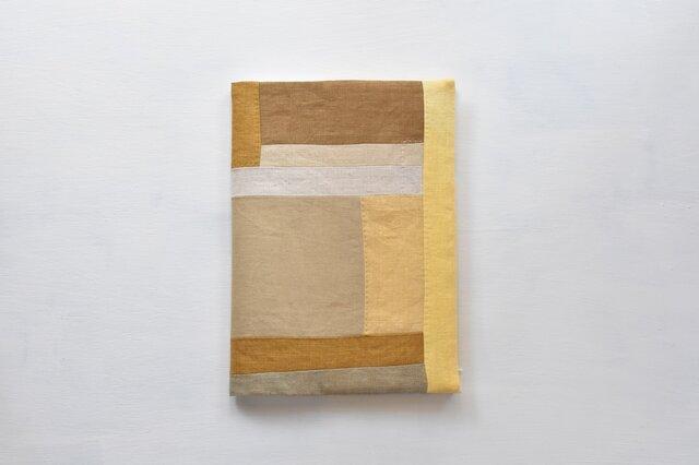 B5ノートカバー|草木染め モダンキルトのノートカバー#08の画像1枚目