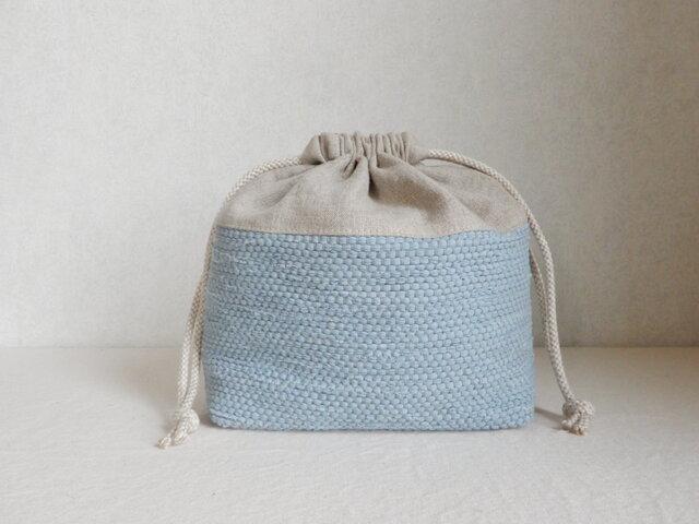 裂き織りとリネンの巾着「グレイッシュブルー」の画像1枚目