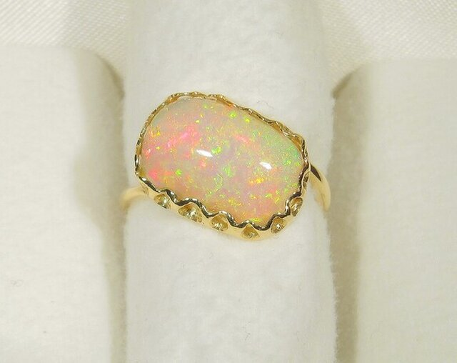 2.65ctオパールとK18の指輪(リングサイズ:11号、K18イエローゴールド)の画像1枚目