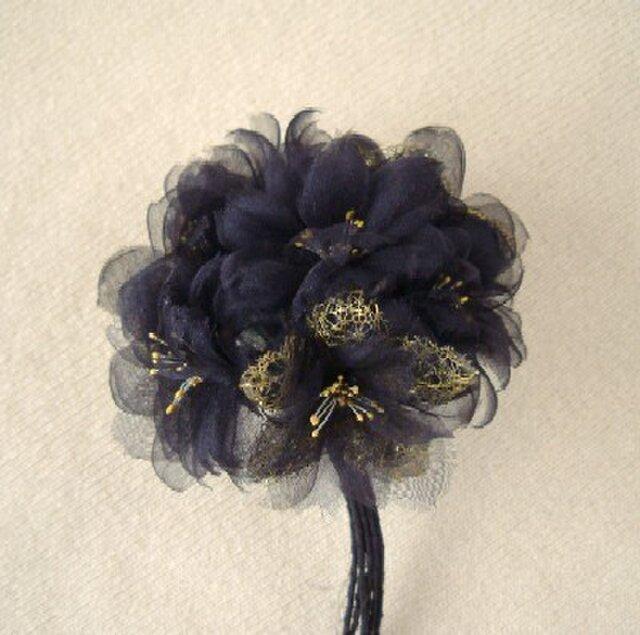 シルクオーガンジーの桜さくら 黒 * コサージュ 髪飾りの画像1枚目