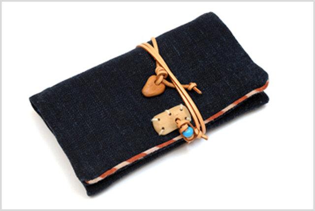 手織りのおお麻布と庄内刺し子の小物入れの画像1枚目