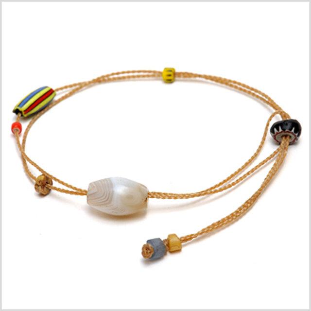 Ancient agate bracelet 古代アゲートの装身具の画像1枚目
