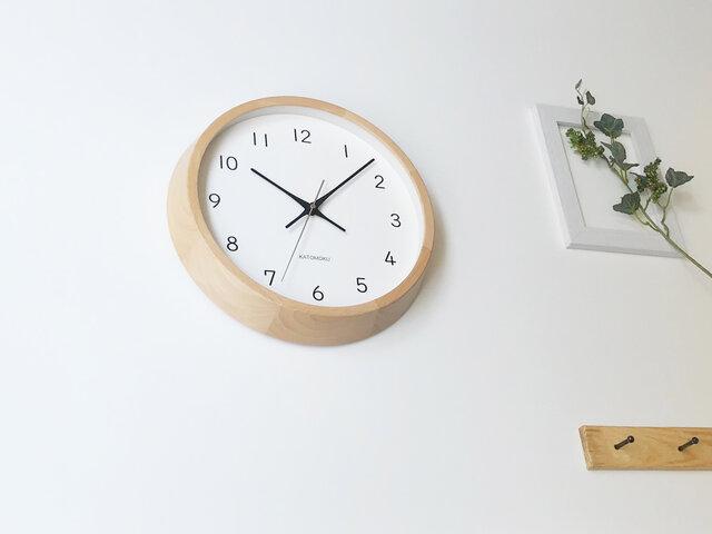 KATOMOKU muku clock 13 ビーチ ナチュラル km-104NARC 電波時計 連続秒針 掛け時計の画像1枚目