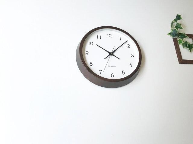KATOMOKU muku clock 13 ビーチ ブラウン km-104BRRC 電波時計 連続秒針 掛け時計の画像1枚目